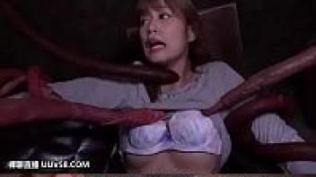>BDA-097 หนังเอวีสัตว์ประหลาดข่มขืนสาววัยรุ่น Hikaru Konno โดนชอนไชหนังหี ควยสัตว์มีเดือยล้วงเข้ารูหี แหวกเข้ารูหีน้ำไหล