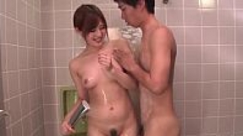 """>หนังAV69 ดูหีดาราโป๊ญี่ปุ่น """"Yumi Maeda"""" ถูกหนุ่มข้างห้องจับเย็ดหีในห้องน้ำ ก่อนที่จะขอกลับหัวเลียหีต่อบนเตียง"""