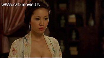 >Chinese Porn โล้สำเภากันแบบไม่เซ็นเซอร์!! หนังโป๊จีนเต็มเรื่อง ฮองเต้กับนางสนมเอก ได้เสียกันตอนเมา เห็นหน้าใสๆอย่างงี้ หีฟิตไม่เบา