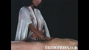 >ดูหนังโป๊จีนวินเทจฟรี Porn Classic แห่งยุค90 แนวเย็ดยอดฮิตแบบนวดน้ำมันแล้วนาบต่อด้วยหี แต่ละท่าที่เย็ดกันพรีเมียมมาก เอาควยงัดหีหมดนวดจีนระดับตำนาน